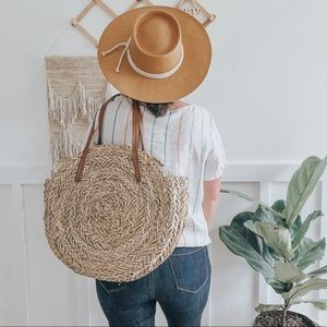 NEW ✨ Round Moroccan Hand-Woven Straw Tote